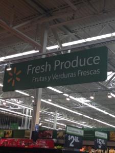 Cuando nosotros visitamos Walmart, vimos que los señales son en Español y ingles. Este refleja que la comunidad de Hartford tiene muchas personas Hispanas.